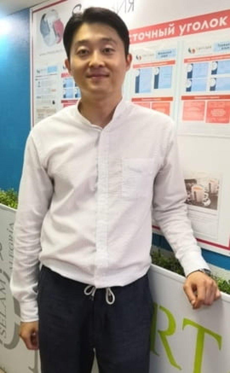 преподаватель корейского языка - Хек Джун