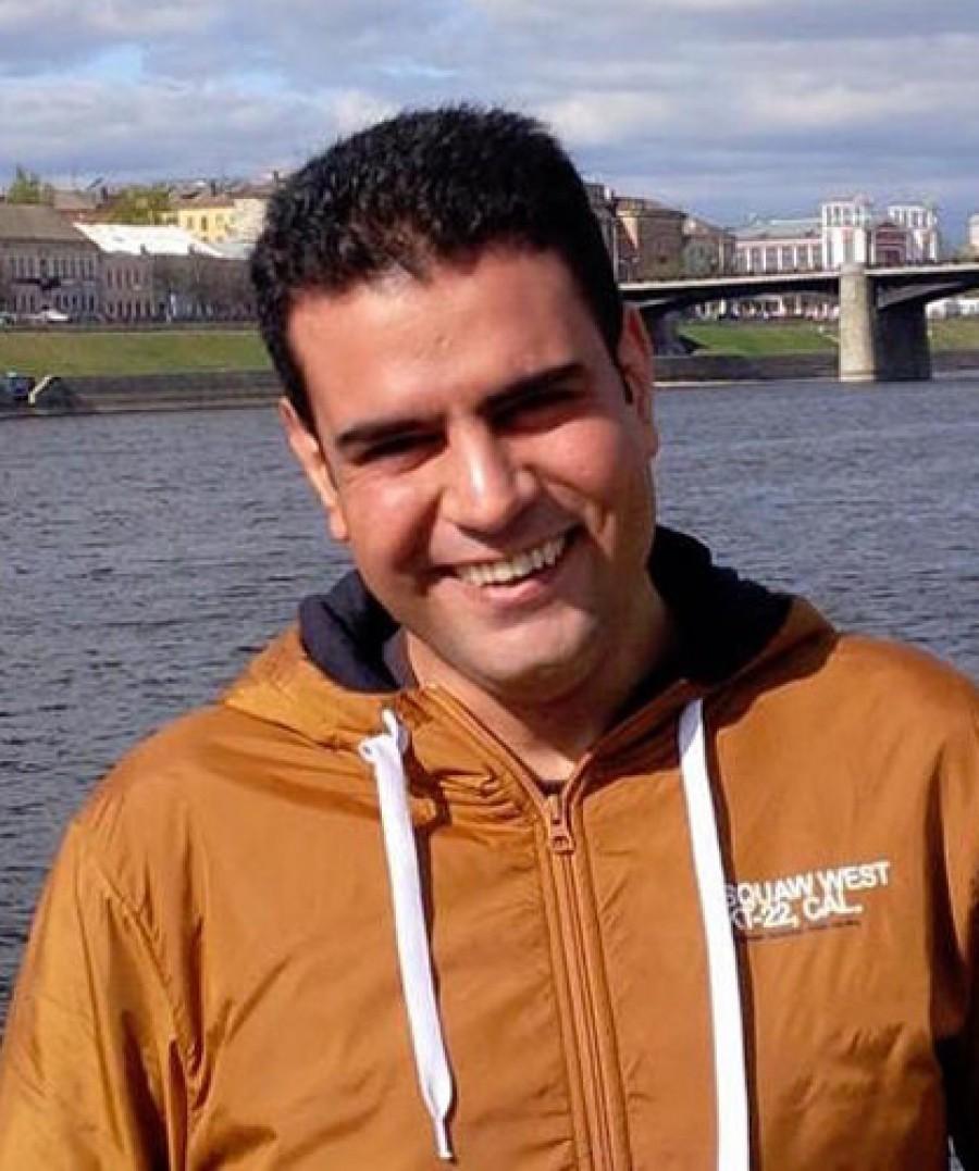 преподаватель персидского языка - Али