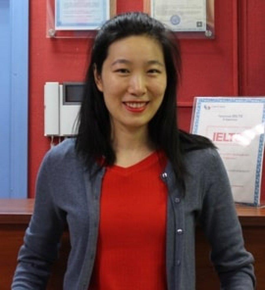 преподаватель китайского языка - Юнцин